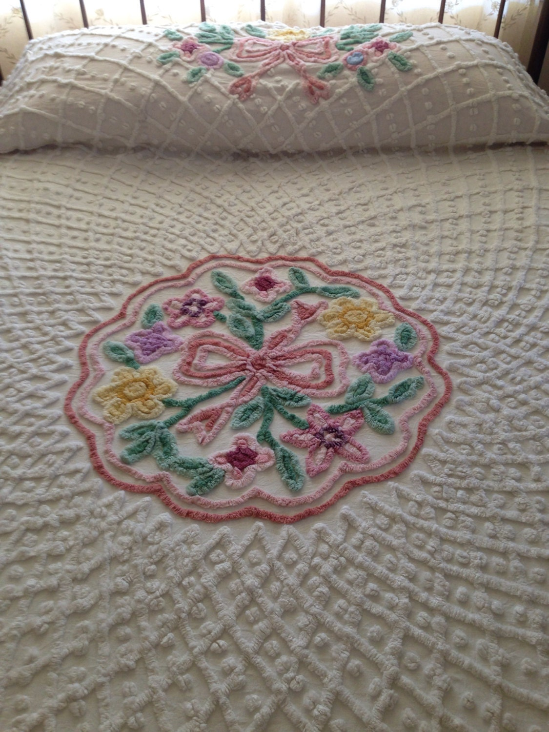Sale Vintage Chenille Bedspread White With Floral Medalion