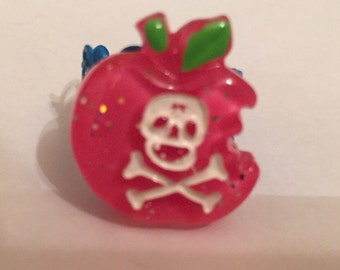 Toxxic pink apple ring