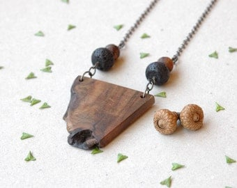 Natural walnut wood necklace,long Wooden necklace with gamestones, wooden pendant