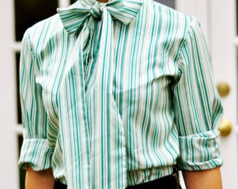60s Green Pin Stripe Blouse with Neck Tie Size M