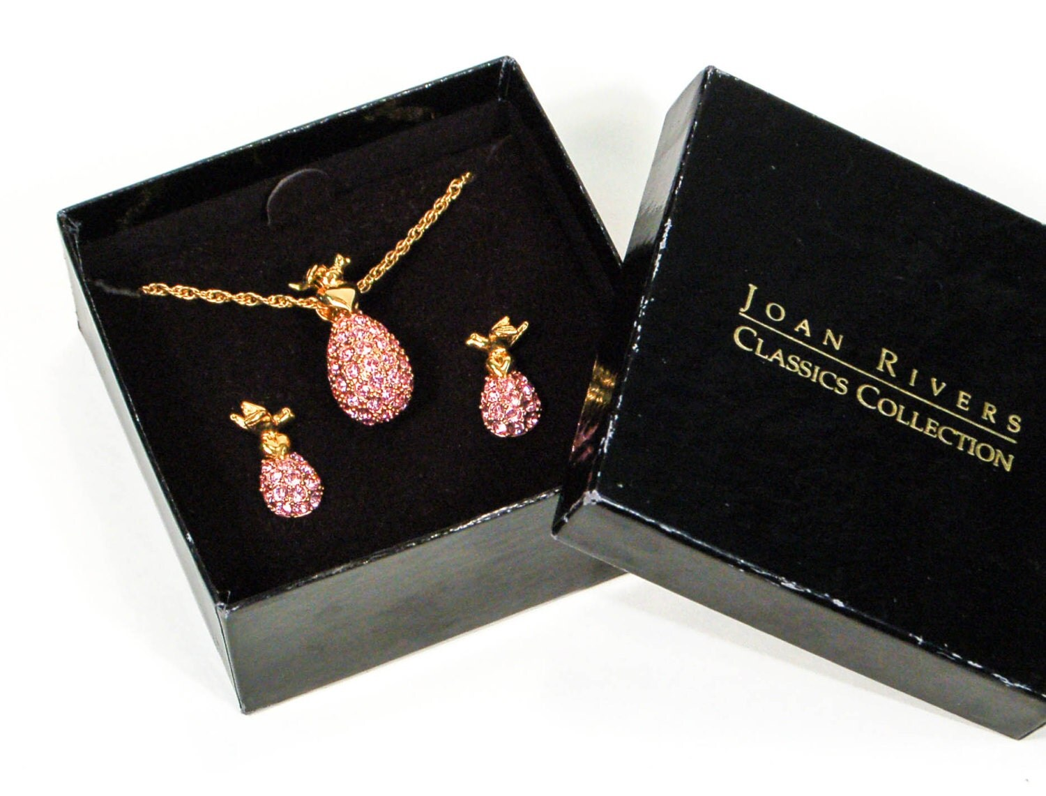 Joan rivers pink rhinestone necklace earrings set demi for Joan rivers jewelry necklaces