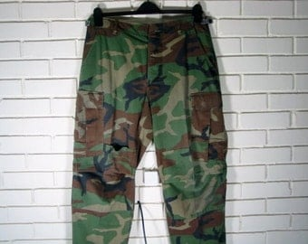 Vintage military combat woodland trousers size 31.5-35.5''