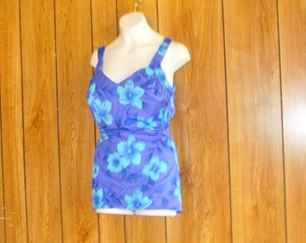 On Sale-Floral MAXINE Of HOLLYWOOD Vintage SWIMSUIT