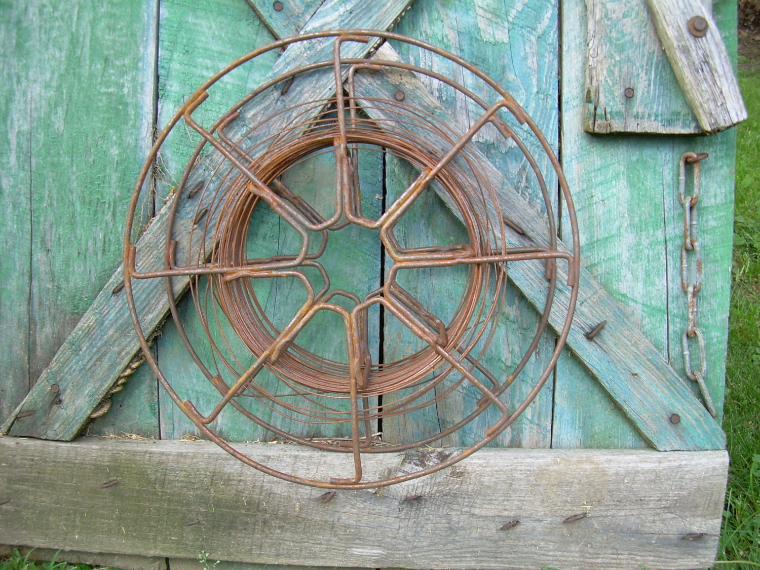 Metal Wire Spools : Primitive metal wire spool by piecesofpastimes on etsy