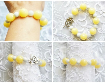 Vintage Beaded Bracelet, Yellow & Ski Blue Beads, Silver Tone Toggle Clasp, HALF OFF Sale, Item No. B050