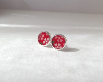 Tiny Floral silver stud earrings - Red Ditzy flower studs - Silver Round Studs - Japanese earrings