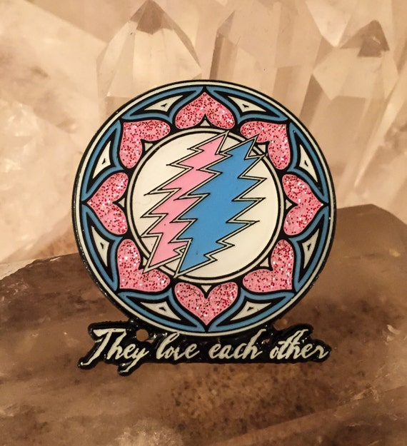 They Love Each Other: HUGE SALE On These They Love Each Other Grateful Dead Pins