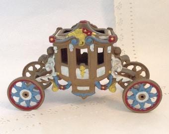 Cinderella Carriage -Vintage c1970s - cast iron - fairy tale coach - collectible - photo prop - display - fairy garden