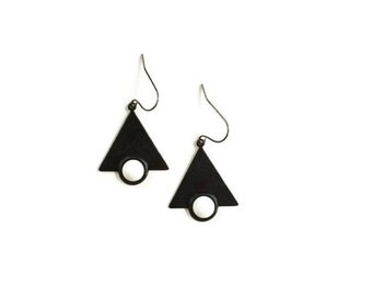 Modern Small Earings Black and White Triangle