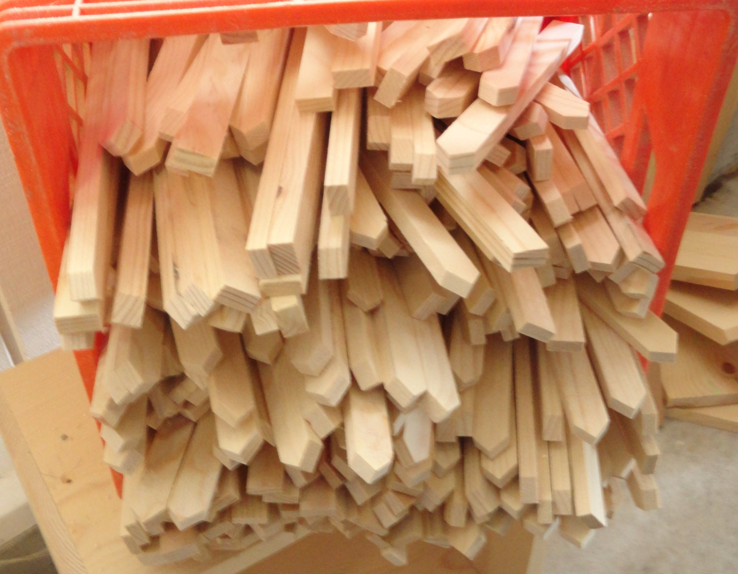Diy wooden craft stakes fire starters garden stakes for Markers for wood crafts