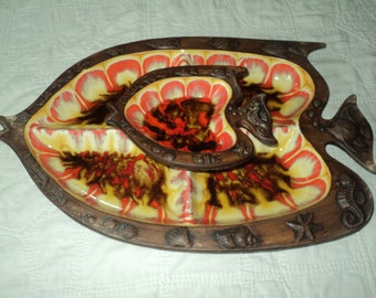 SOMETHING'S FISHY, Retro Orange and Brown Glazed Ceramic Platter with wonderful fish motif, Treasure Chest Pattern #390 in Good Condition.