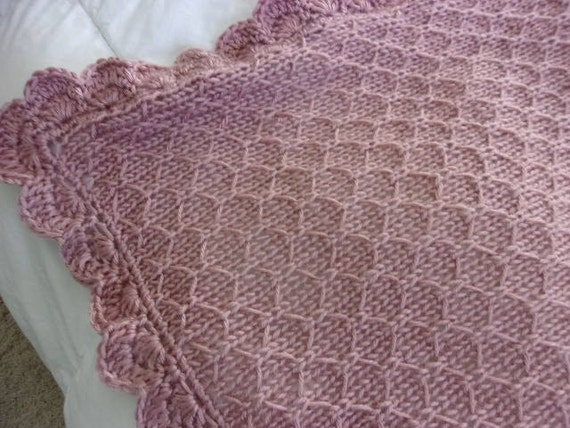 Knitting Pattern For Honeycomb Baby Blanket : Hand Knit Baby Blanket in Honeycomb Pattern with Crocheted