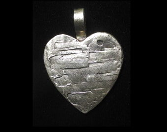 Vintage sterling silver textured heart pendant - marked LB - 45 grams