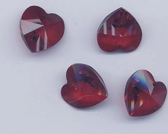 Four sparkling vintage Swarovski crystals - Art. 6202 - 18 x 17.5 mm - siam red