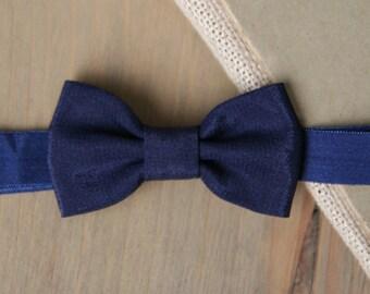 Navy baby headband, navy blue bow headband, baby hair accessories, toddler girl headband, newborn photo prop, navy baby shower gift