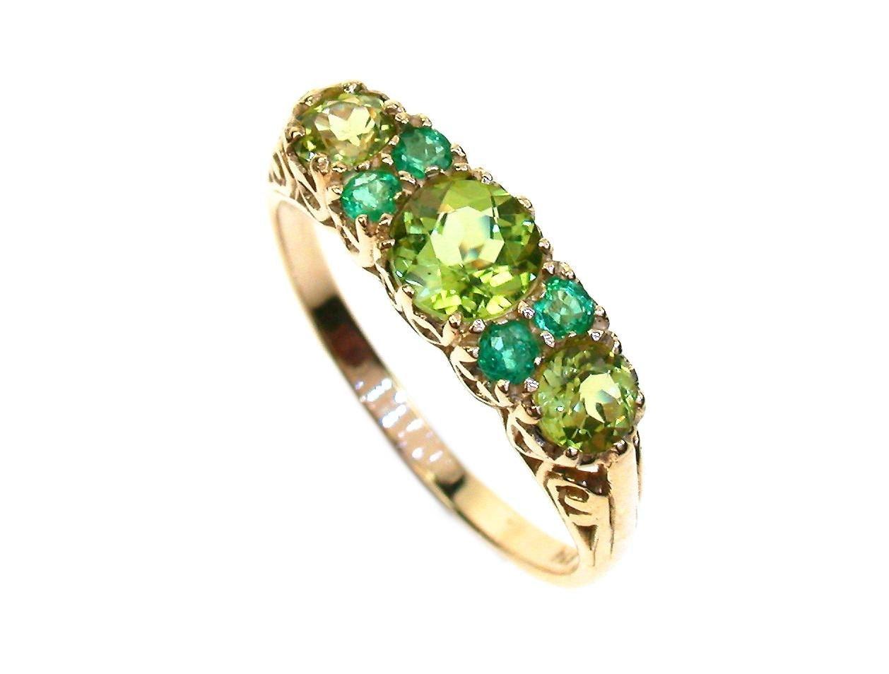 vintage peridot ring 9ct 9k gold peridot emerald ring