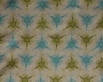 Flannel: Anna Maria Horner FAH11 Triflora in Ocean- One Yard Cut