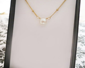 Pearl Necklace, Gold, Silver or Rose Gold Chain, Tiny Pearl Necklace Card SET, Pearl Drop Jewelry, Bridesmaids Jewelry Gift, Pearl Jewelry