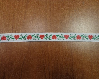 """Vintage (1970s) 1/2"""" WideTrim, Red Hearts with Green Flowers on White Background, 1 Yd"""
