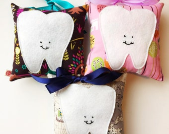 Customized Hanging Tooth Fairy Pillow with a Pocket for Tooth and Money