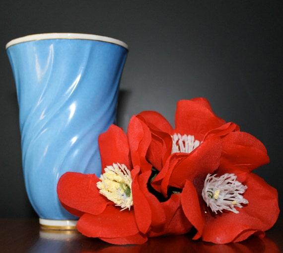 lyngby danmark denmark danish porcelain by notmadeinchinafinds. Black Bedroom Furniture Sets. Home Design Ideas