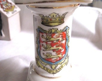 "Porcelain Commemorative ""ENGLAND"" Coat of Arms"