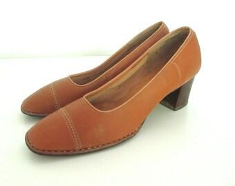 Vintage Brown Leather Pumps Size 8
