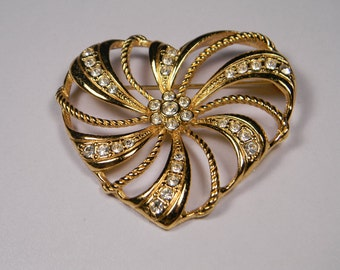 Avon Heart Brooch or Pin, Signed, Love, Valentine's Day, Vintage Figural