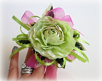 Faux Corsage For Little Girl - Father/Daughter Dance Corsage - Preschool or Kindergarten Graduation Corsage - Lime Green Corsage