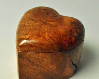 Engagement Ring Carved Heart Box -  -Solid Australian Myrtle Burl - jewelry not included