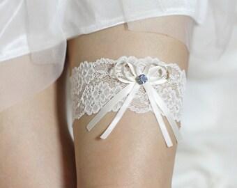 Ivory lace Garter, Wedding garte, Bridal Garter, Blue Garter, Ivory Bow Garter, Blue rhinestones something blue garter