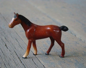 Robin Egg Bay - Vintage 1940s Unmarked Tiny Solid Metal Horse Figurine