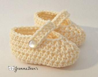 Cute as a button MaryJanes Crochet Pattern
