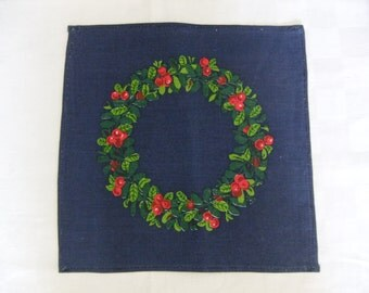 Vintage Swedish Hand printed linen tablecloth with lingon berry wreath by Gocken Jobs in Leksand