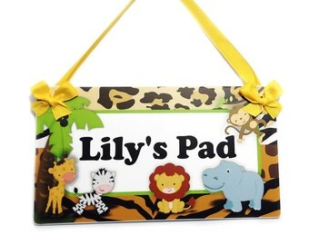 custom jungle animals theme door or wall plaque - personalized Lily's Pad door sign - P434