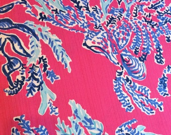 Lilly Pulitzer signature fabric Capri Pink Samba Cotton Dobby 9 X 18 inches or 18 X 18 inches Lilly Pulitzer signature fabric