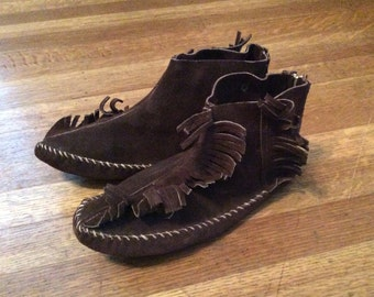 SALE / Awesome Suede Moccasins / Suede Moccasins / Size 6