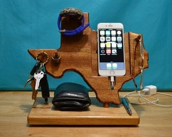Texas State outline iPhone Dock  Watch, Valet, Glasses Gift for Him – iPhone 4, 5, 6, 6 Plus any Android Phone