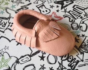 BLUSH PINK Baby Moccasins Pink Toddler Mocs Light Pink Genuine Leather Moccasin Babies First Birthday Gift Baby booties Christmas gift new