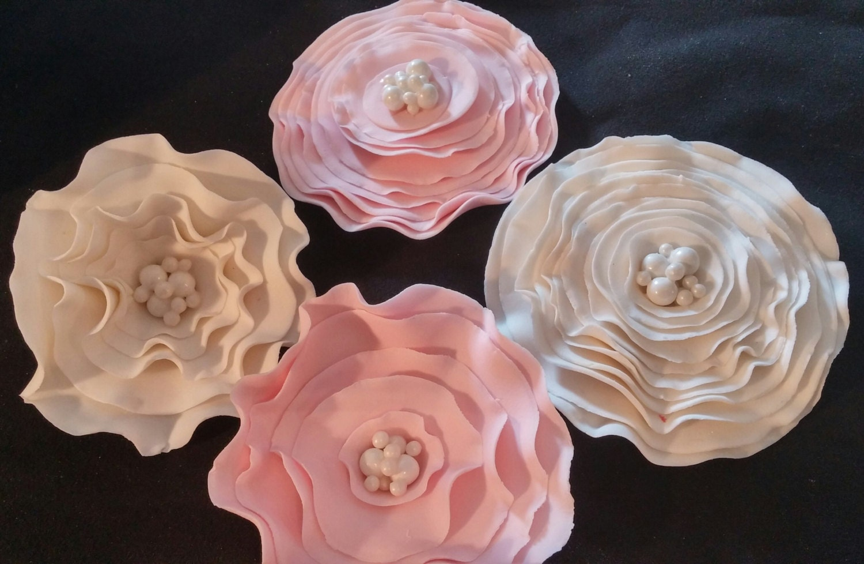 Edible Rose Cake Decoration : 1 Edible Lg Fantasy ROSE / any color / Cake decoration