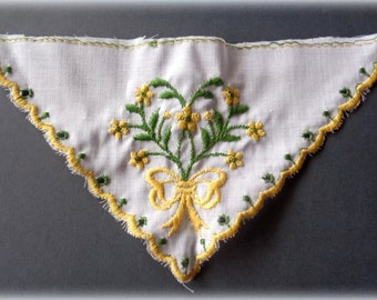 Embroidered Large Hankie Applique, Yellow / White, x 1, For Heirloom, Reborn, Doll Clothing, Historical Costume