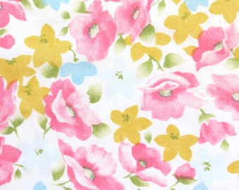 Half Yard of Vintage Sheet Fabric - Pretty Pastel Floral - 1/2 yard