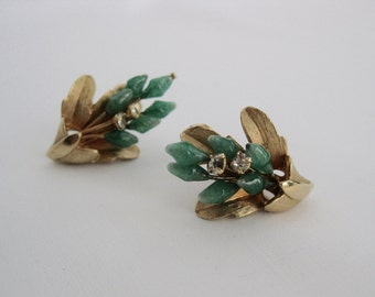 vintage. EARRINGS. goldtone. JADE. clip on. RHINESTONE. 1950s.
