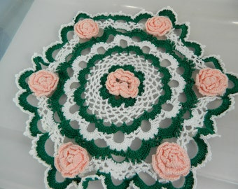 Vintage Hand Crocheted Doily, Pink Roses Doily, Cottage Decor Pink Shabby Chic