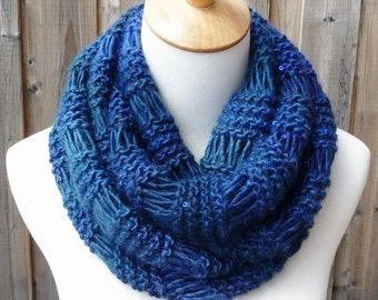 Multicolor Infinity Scarf - Blue Infinity Scarf - Wool Infinity Scarf - Chunky Knit Scarf - Circle Scarf - Ready to Ship