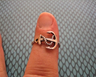 SALE Vintage 925 Sterling Silver Anchor Ring