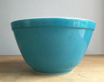 Pyrex Blue Mixing Bowl 401