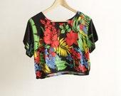 90s HAWAIIAN crop top melrose place era shirt
