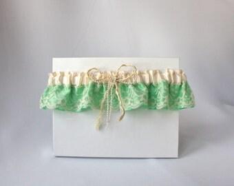 Ivory and green Garter/Bridal garter/Prom garter/Country chic garter/Lace garter/Green and ivory lingerie/Rope rustic garter/Keepsake garter
