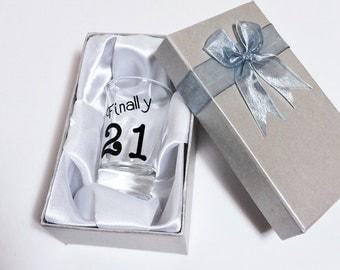 21st Birthday Gifts, 21st Birthday shot glasses, Personalized Shot Glass, 21st birthday party favors